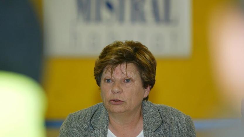 Une salariée de Mistral Habitat en arrêt maladie a-t-elle travaillé pour une députée d'Avignon?
