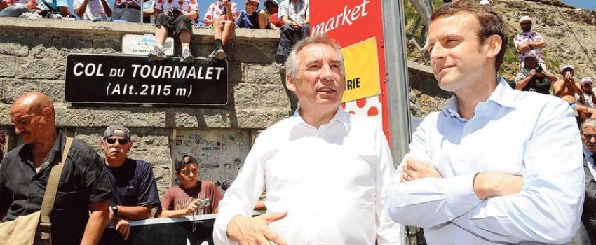 Bayrou joue Macron et choisit encore la gauche