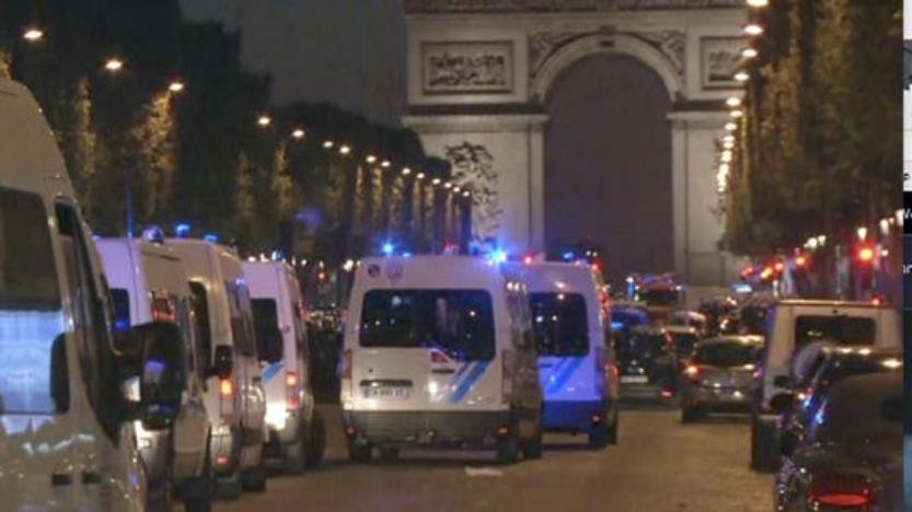 Un policier tué par un assaillant sur les Champs-Elysées à Paris