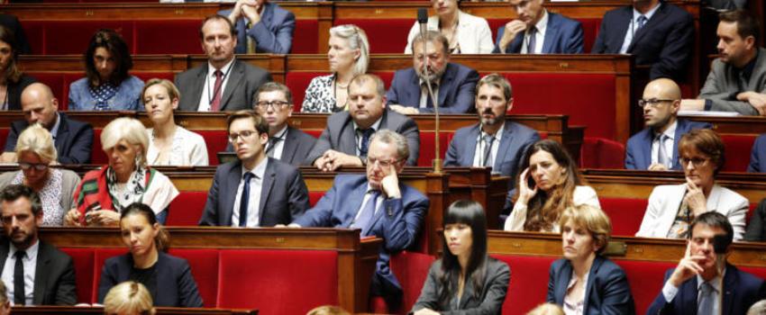 Contre l'avis de Macron, les députés En Marche s'accrochent àleur réserve parlementaire