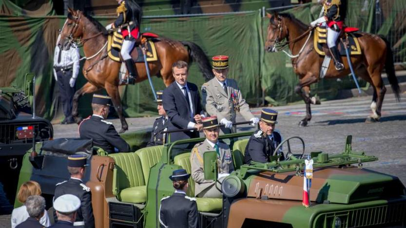 Une crise majeure ouverte entre Macron et l'armée