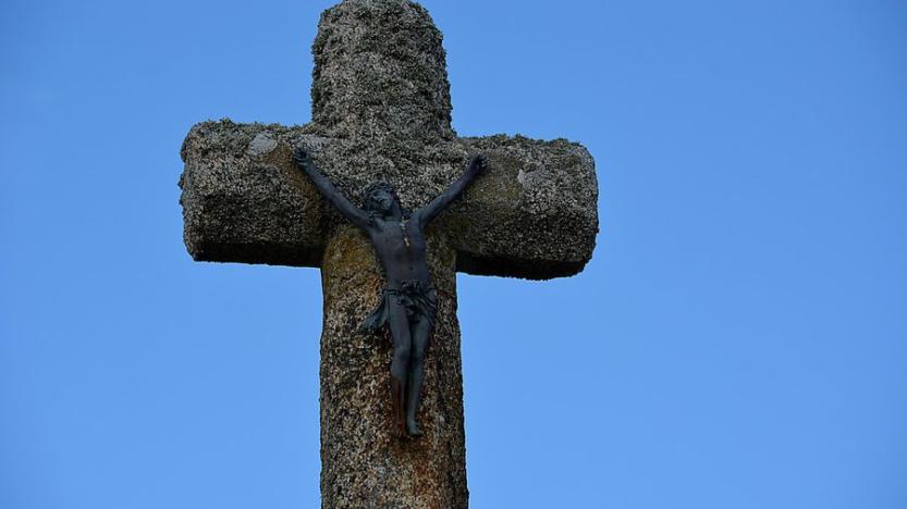 La croix interdite