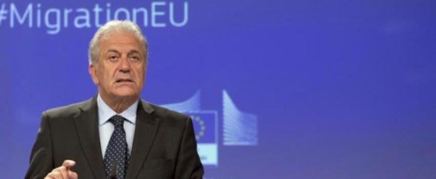 """""""Nous n'arrêterons jamais l'immigration"""", affirme un commissaire européen"""