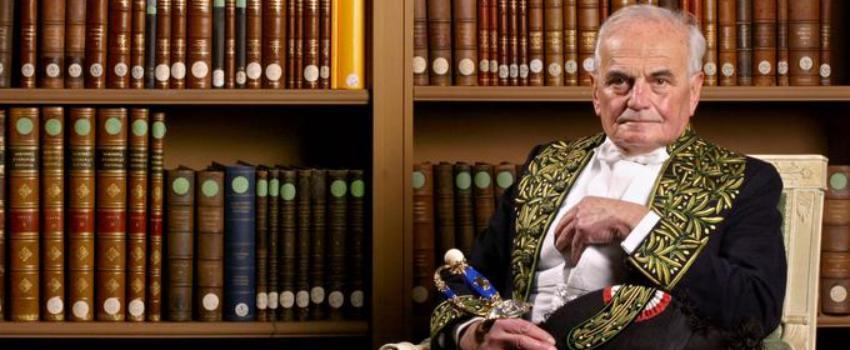Affaire Michel Déon: la double défaite d'Anne Hidalgo