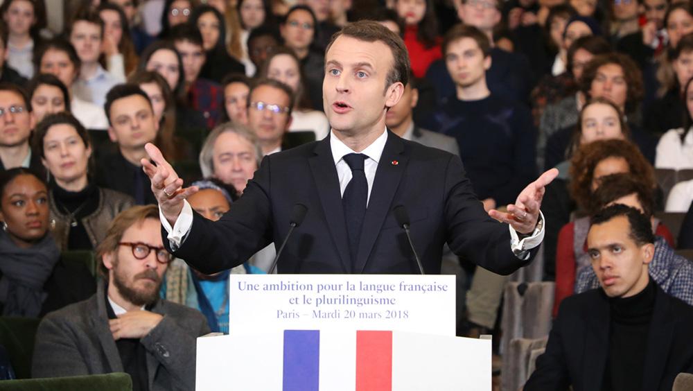 Emmanuel Macron devant l'Acadélie française à l'occasion de la journée de la francophonie le 20 mars 2018
