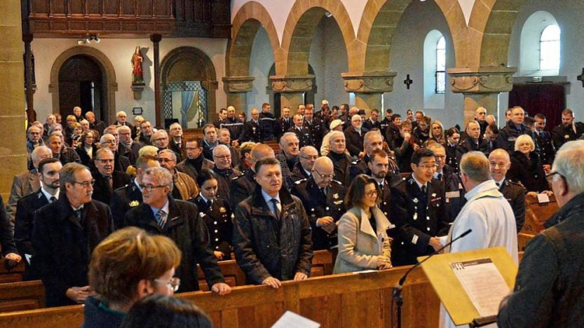 Moselle: la présence de gendarmes àl'église scandalise