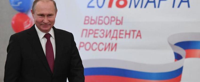 Vladimir Poutine largement réélu pour un quatrième mandat