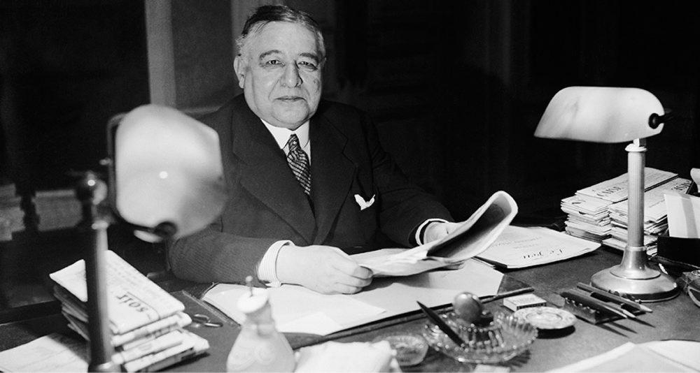 Lire Léon Daudet