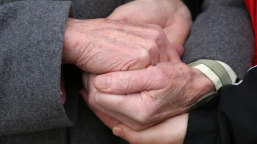 Le Parlement finlandais rejette l'euthanasie et s'engage pour les soins palliatifs