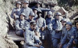 Centenaire de l'armistice: Iranien, poilu et camelot du roi