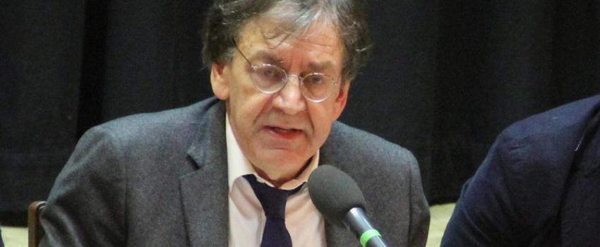"""Agression d'Alain Finkielkraut: dans la convergence des """"rouges-bruns"""" au sein des Gilets jaunes, le rouge tend àdominer lebrun"""