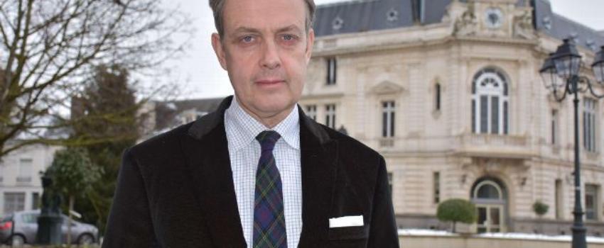 Le prince Jean d'Orléans se livre sur le Comte de Paris: «Mon père et moi étions taillés dans le mêmeroc»
