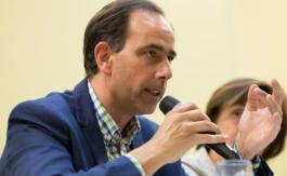 Il faut «reconstruire les communautés solidaires»