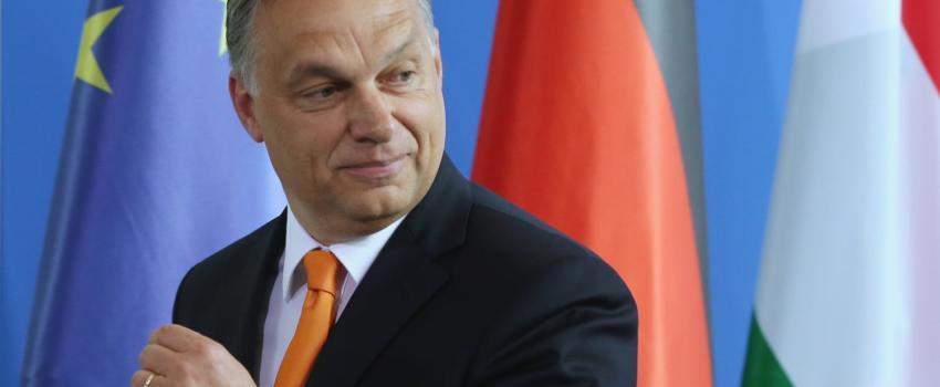 Orban répond àl'agression deSoros