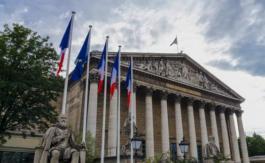Menacé de sécession, LREM risque de perdre sa majorité absolue àl'Assemblée nationale