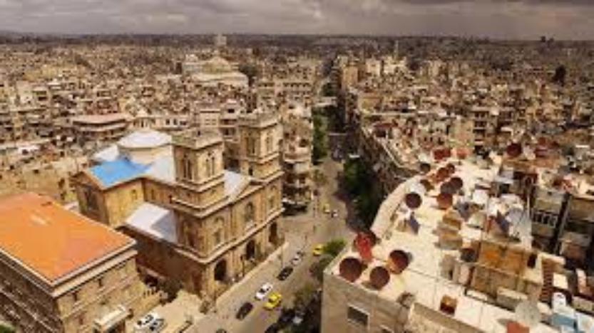 L'armée syrienne poursuit son offensive et libère la banlieue d'Alep