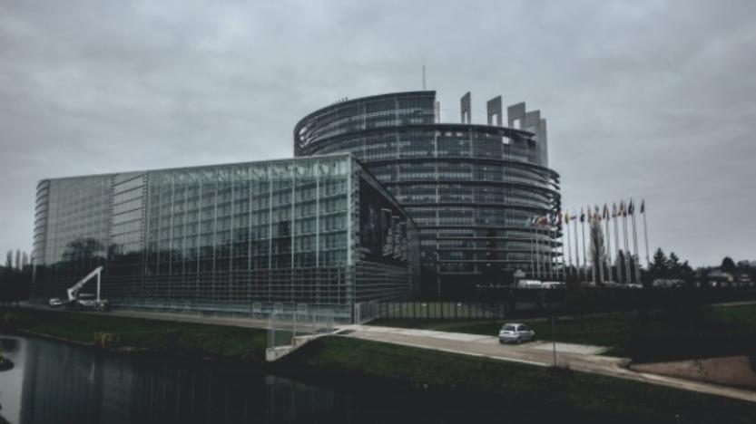 """[Tribune] Covid-19, Europe, mondialisation: et si nous achevions """"l'ordre libéral international""""?"""