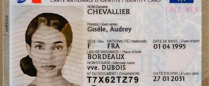 Le scandale de la carte d'Identité bilingue