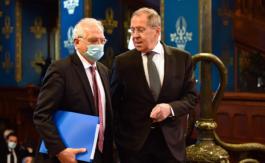 Qui aintérêt àfaire de la Russie un repoussoir?