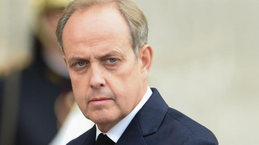 Le prince Jean d'Orléans au chevet de LouisXVI