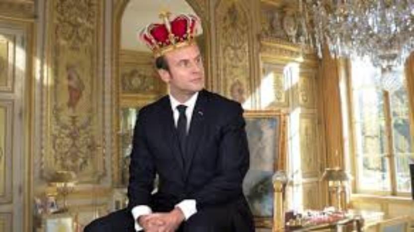 Le Roi est nu!