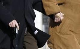 Pour éviter la retraite à69 ans promise aux allemands…