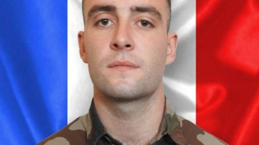 Mali: un soldat français tué dans une attaque revendiquée par l'Etat islamique